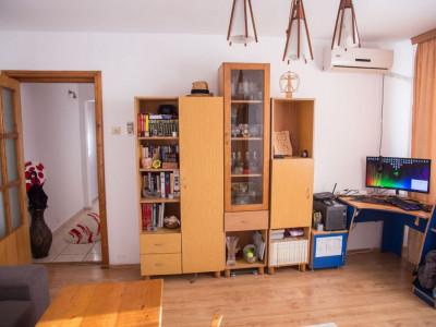 Constanta - Intim - Salvare - apartament 3 camere