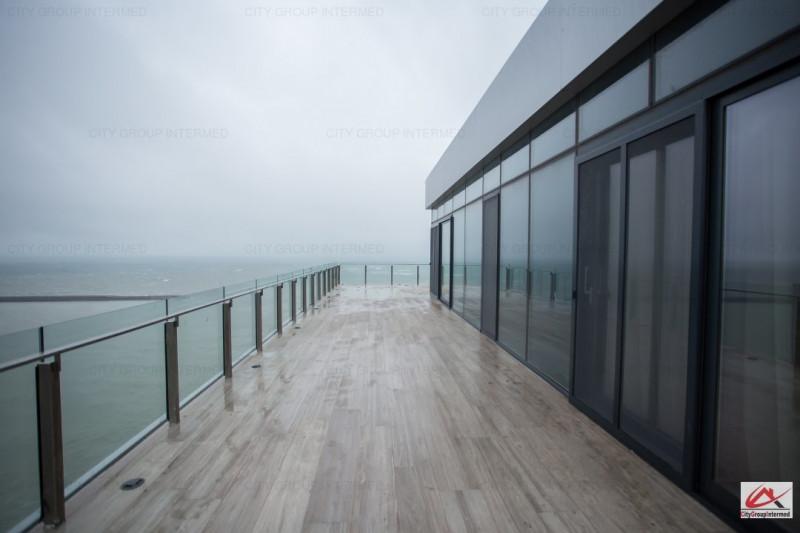 Constanta - Faleza Nord - Penthouse spectaculos cu vedere la mare si lac
