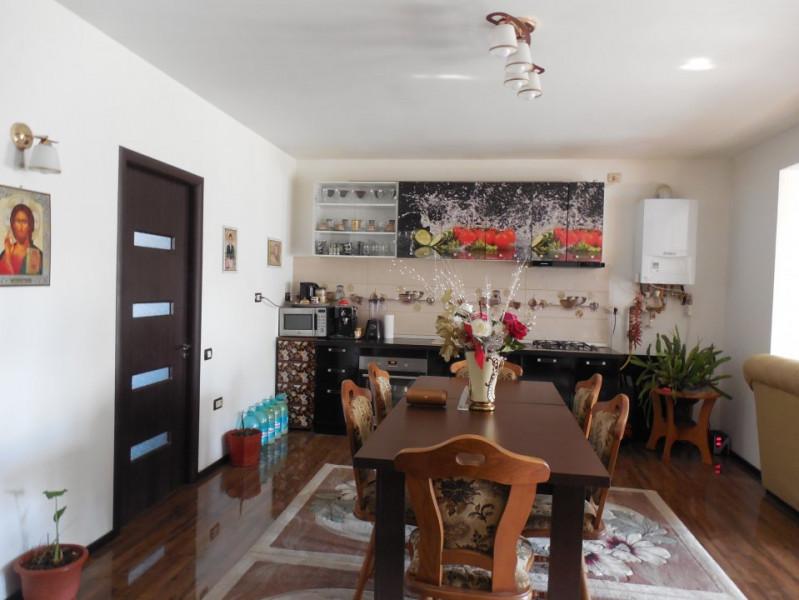 Constanta- Cumpana Casa 4 camere decomandate