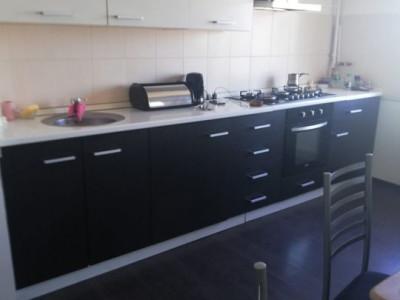 Constanta - Poarta 6 - apartament 3 camere decomandat