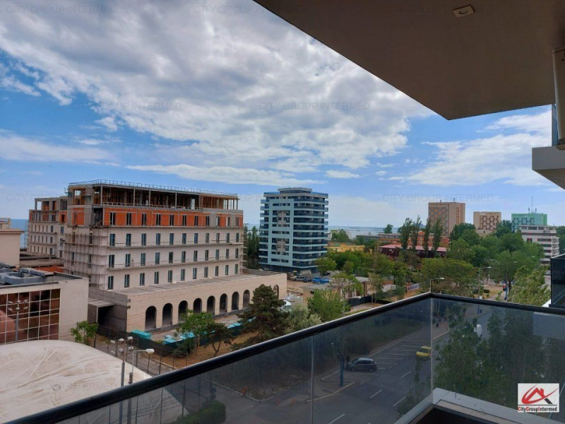 Mamaia - ultracentral - apartament cu vedere panoramica la mare