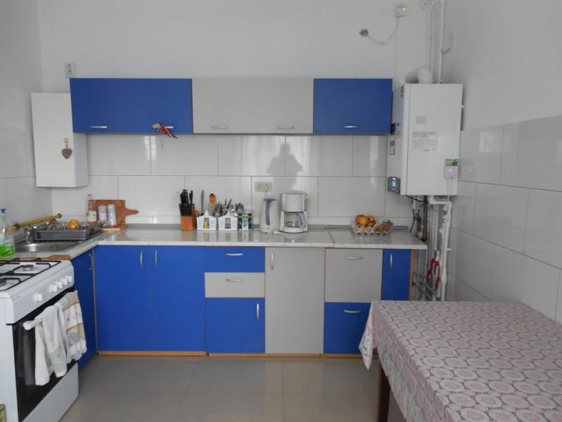 23 August - casa de vacanta - afacere la cheie