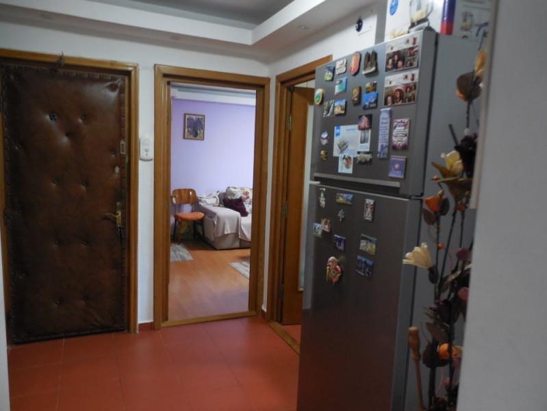 Constanta - Inel II - apartament 2 camere decomandate