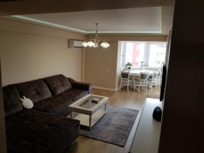 Constanta - Faleza Nord - apartament 3 camere cu vedere la mare